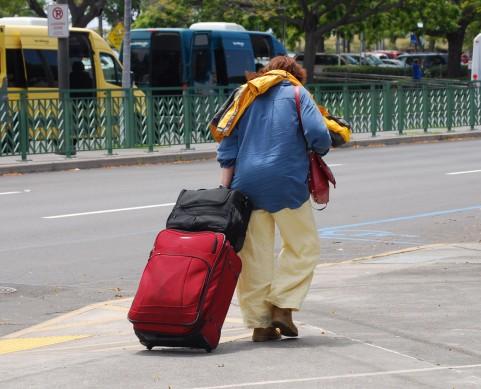 ふくらはぎや膝裏の痛みは旅行者血栓症の前兆