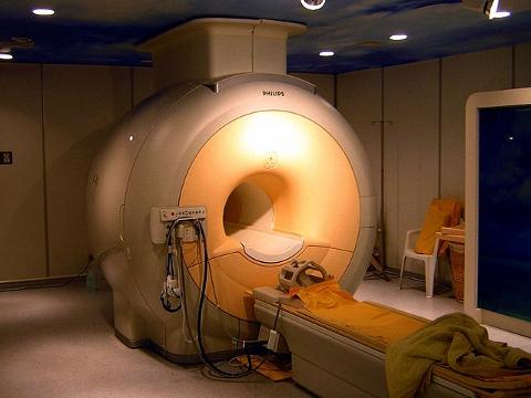 4万円弱で受けられる脳ドックの検査とは?