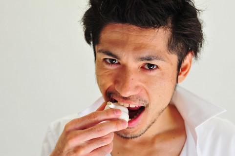 ニンニクをよく食べる人は大腸が健康的!