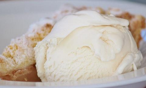 バニラアイスは低糖質なダイエット向き食材