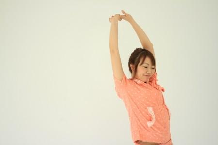 ストレスによる胃痛を解消する胃リラックス体操