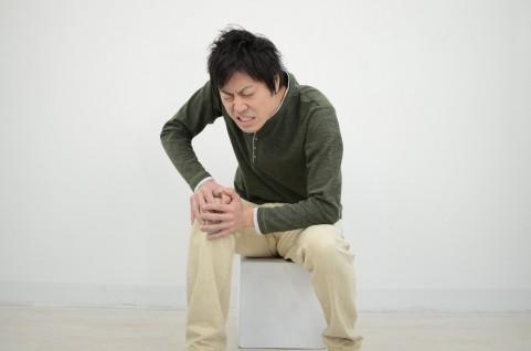 膝の内側がすれる痛みはインナーマッスルで解消