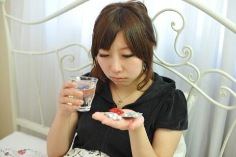 市販薬の飲みすぎが原因で発症する睡眠時頭痛