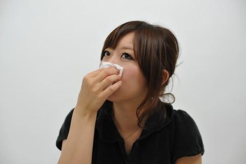 鼻づまりを治す「脇にコブシ」