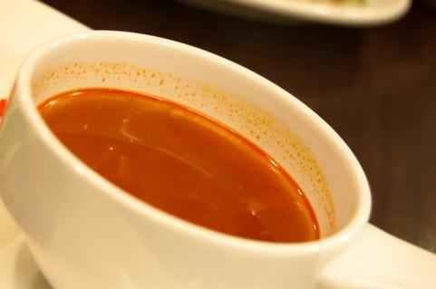 鍋ひとつで作れる「コンソメスープパスタ」