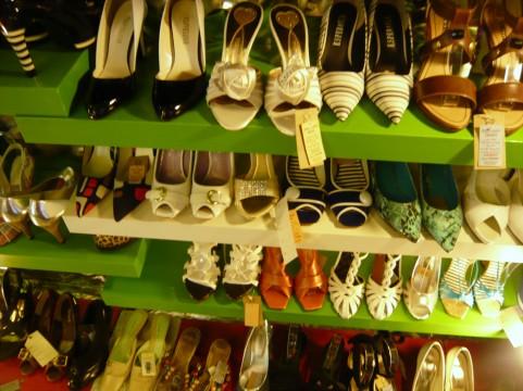 女子限定!友だちと靴を買いに行く健康法!?
