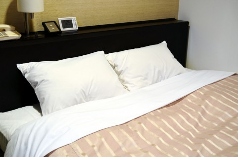 目覚めスッキリ!正しい「枕の高さ」調べ方