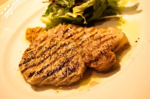 お腹いっぱい食べて代謝をアップする方法!?