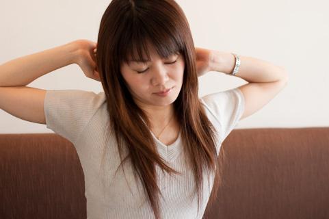 顔の筋肉をゆるめる「快眠ストレッチ」とは?