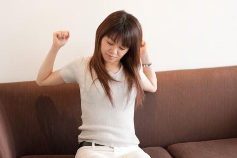 新事実!長引く腰痛「股関節の異常」が原因
