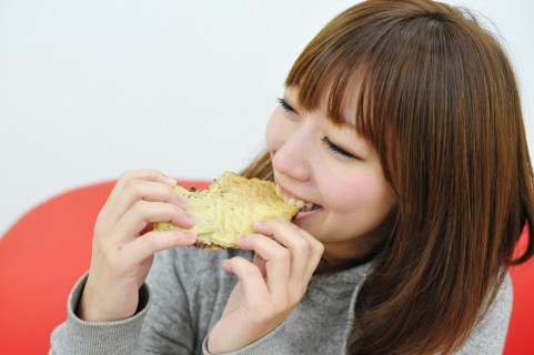 woman_eat