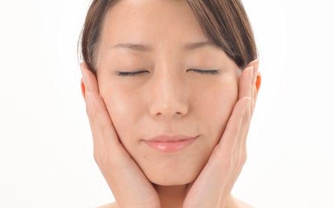 顔カビ「マラセチア」による肌トラブル対処法